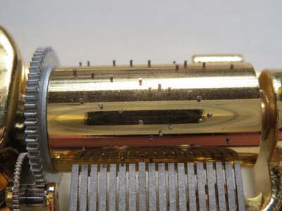 オルゴールの針打ち式シリンダーの画像