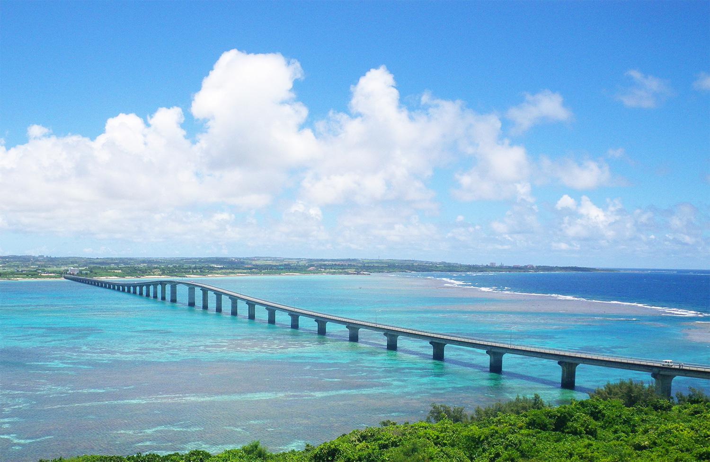 岬より海を望む(池間大橋)