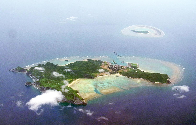 渡名喜島と出砂島